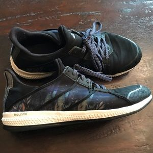 Adidas Bounce Athletic Shoes 9